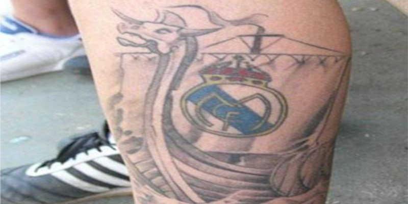 Tatuaje del escudo del Real Madrid en Barco Vikingo